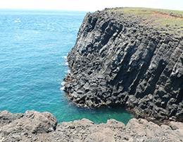 海蝕溝與海崖